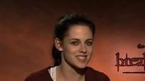 """Kristen Stewart nói với Mai Phương Thúy: """"Xin chào Việt Nam"""""""