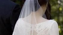 """Giả vờ cưới để được thử váy của """"nàng Bella"""""""