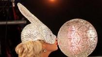 Lady Gaga gây sốc tại Quảng trường Thời đại