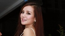 Vy Oanh xinh đẹp không kém Bảo Anh The Voice