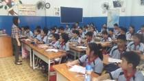Vừa thương vừa giận cô giáo bị kỉ luật vì dạy thêm chui