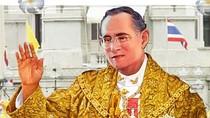 Infographic: Quốc vương Bhumibol Adulyadej - Chân dung một vị vua dân yêu kính