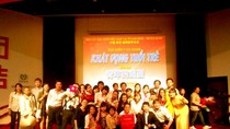 Sinh viên Việt tại Nam Kinh - Trung Quốc chào mừng ngày lễ 30-4 và 1-5