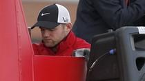 Rooney lạc lõng trong lễ diễu hành hoành tráng của M.U