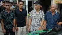 Hà Nội: Vác súng K59 và cả băng đạn đi… thăm người yêu
