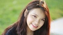 Cận cảnh em gái xinh đẹp của MC Đan Lê