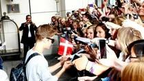 Các cô gái Đức náo loạn trên đường phố vì Justin Bieber