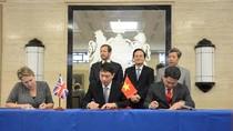 Việt Nam - Vương quốc Anh ký kết 24 văn bản hợp tác về giáo dục