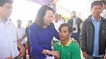 Bộ Giáo dục tới thăm hỏi, động viên gia đình học sinh bị đuối nước ở Quảng Nam