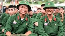 Một số trường quân đội vẫn tuyển thí sinh cận thị