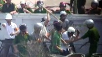 Vụ Văn Giang: Vì sao sau hai tuần các nhà báo bị đánh mới lên tiếng?