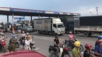 """Đại biểu Quốc hội Phạm Văn Hòa: """"Đã sai phải xin lỗi dân!""""."""