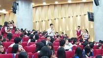 Hơn 2.200 học sinh lớp 12 tham quan Trường Đại học quốc tế Hồng Bàng