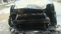 Nghệ An: Xe taxi cháy trơ khung lúc nửa đêm