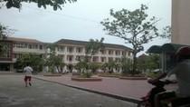 Hà Tĩnh: Nam sinh tự thiêu ngay tại trường vì không được yêu