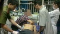 Ngăn đối tượng nuốt ma tuý vào bụng, 4 chiến sĩ bị phơi nhiễm HIV