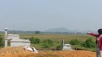 Nghĩa trang đã đóng cửa dân vẫn chôn cất, chính quyền đành chịu