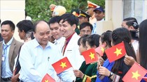 Thủ tướng dự lễ khai giảng tại Trường Dân tộc nội trú Tu Mơ Rông tỉnh Kon Tum