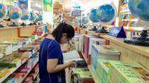 Sửng sốt với con số 1000 tỷ đồng/năm để mua sách giáo khoa sau đó bán giấy vụn