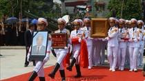 Cử hành trọng thể Lễ An táng nguyên Tổng Bí thư Đỗ Mười tại quê nhà