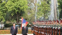 Lễ đón trọng thể Tổng Bí thư, Chủ tịch nước Nguyễn Phú Trọng tại Viêng Chăn