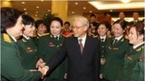 Tổng Bí thư gặp mặt đại biểu phụ nữ Quân đội