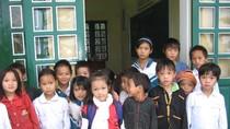 Chuyện bé 4 tuổi đi làm từ thiện ở Nậm Mười