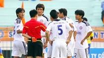 Hàng loạt cầu thủ SHB Đà Nẵng phải nhập viện gấp vì ngộ độc