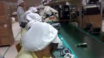 Kỳ 1: Nhiều SV kế toán bị ngất khi phải làm công nhân lắp ráp điện tử