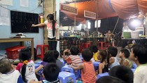 Lớp học cho trẻ em nghèo