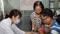 Trẻ thứ 3 tử vong sau khi tiêm vắc-xin ComBE FIVE, Bộ Y tế vào cuộc