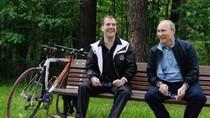 Putin công khai tài sản cá nhân: 1 căn hộ 77 m2 và 3 xe hơi nội địa