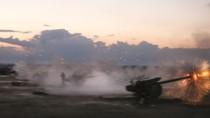 Mỹ thả dù 50 tấn vũ khí cho phe đối lập Syria trước các cuộc không kích của Nga