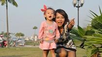 """Thái Thùy Linh không dạy con kiểu """"bịt tai bịt mắt"""""""