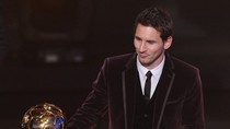 Nhìn lại phút đăng quang ngọt ngào của Messi
