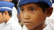 Chùm ảnh: Đau đáu ánh mắt học sinh dân tộc Hrê