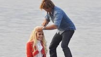 Lindsay Lohan tu chí làm ăn?