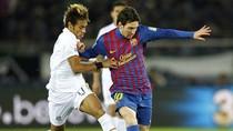 Góc ảnh: Messi 'đè' Neymar, Barca vô địch thế giới