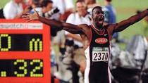 Arsenal 'chiêu mộ' huyền thoại điền kinh 'đấu' M.U - Usain Bolt