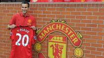 6 lý do để tin rằng Arsenal được nhiều hơn mất nhờ bán Van Persie