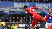 Everton 2-2 Liverpool: Suarez ăn mừng hụt vì bàn thắng việt vị