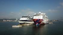 """Cảng tàu khách du lịch quốc tế Hạ Long lần đầu đón tàu """"khủng"""""""