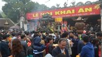 Ghi hình, xử lý nghiêm những hành vi phản cảm tại Lễ hội Khai Ấn đền Trần