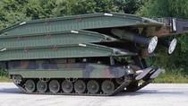 Ảnh: Xe tăng bắc cầu Panzerschnellbrücke 2 của Đức - Hà Lan