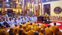 Bóc mẽ trò gọi vong ở chùa Ba Vàng