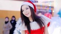 """Hotgirl Thảo My """"đốt cháy mùa đông"""" đón Noel"""