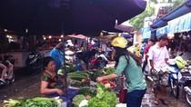 """Vin vào thời tiết, tiểu thương chợ Hà Nội """"hét"""" giá rau xanh"""