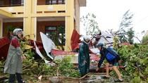Trường học hoang tàn sau bão số 10