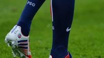 """Ngày giải nghệ, Beckham đeo giày """"xịn"""" siêu độc"""