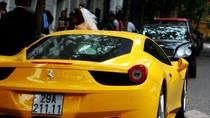 Bentley của bầu Kiên đọ vẻ đẹp với Ferrari 458 cùng hàng loạt siêu xe